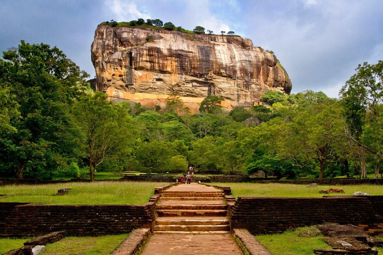 Luxury travel trends 2020: Sigiriya Rock in Sri Lanka