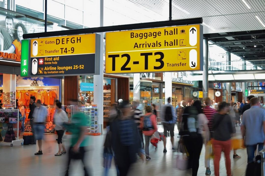 Fast Track Airport Services: departures hall