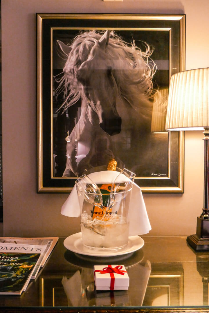 Free champagne at The Lygon Arms in The Cotswolds, courtesy of Mr & Mrs Smith, a luxury boutique hotel booking website